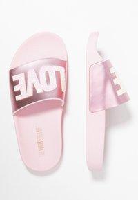 THE WHITE BRAND - CLASSIC LOVE - Mules - metallic pink - 0