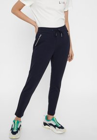 Vero Moda - VMEVA - Tracksuit bottoms - night sky - 0