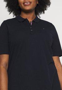 Tommy Hilfiger Curve - Polo shirt - desert sky - 4