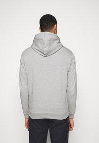 Les Deux - LENS HOODIE - Hoodie - light grey melange/white - 2