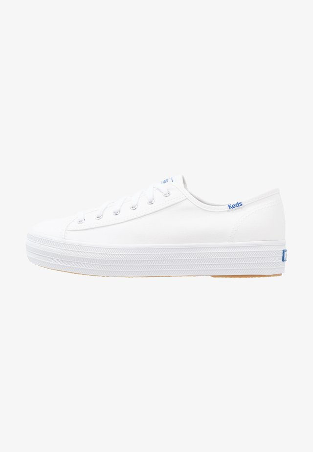 TRIPLE KICK - Sneaker low - white