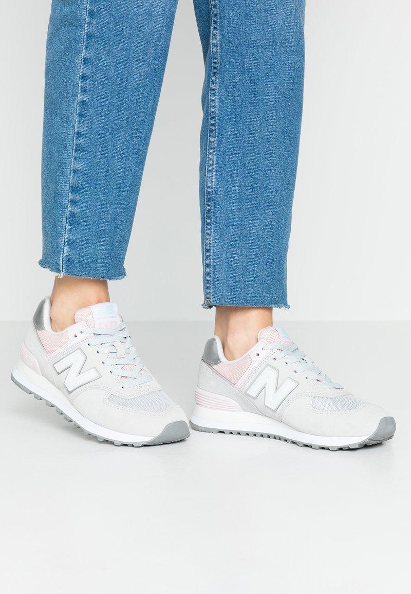New Balance - WL574 - Trainers - grey/rose