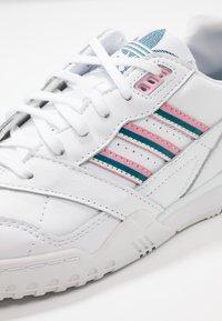 adidas Originals - A.R. TRAINER  - Trainers - footwear white/true pink/tech mint - 2