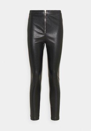 SKAI PANTS - Kalhoty - black