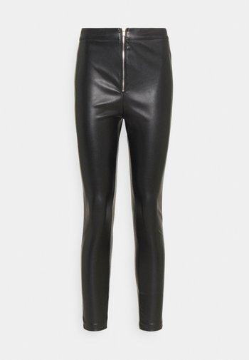 SKAI PANTS - Spodnie materiałowe - black