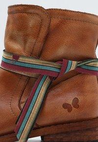 Felmini - GREDO - Classic ankle boots - cognac - 5