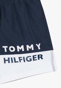 Tommy Hilfiger - MEDIUM DRAWSTRING - Swimming shorts - white - 2