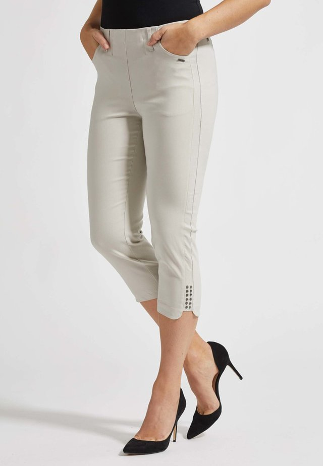 Shorts - grey sand