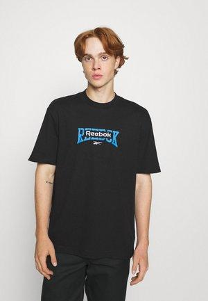 BASKETBALL TEE - Print T-shirt - black