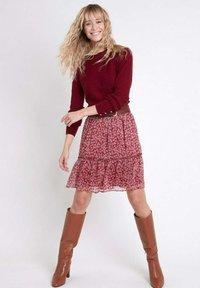 Maison 123 - A-line skirt - rouge - 0
