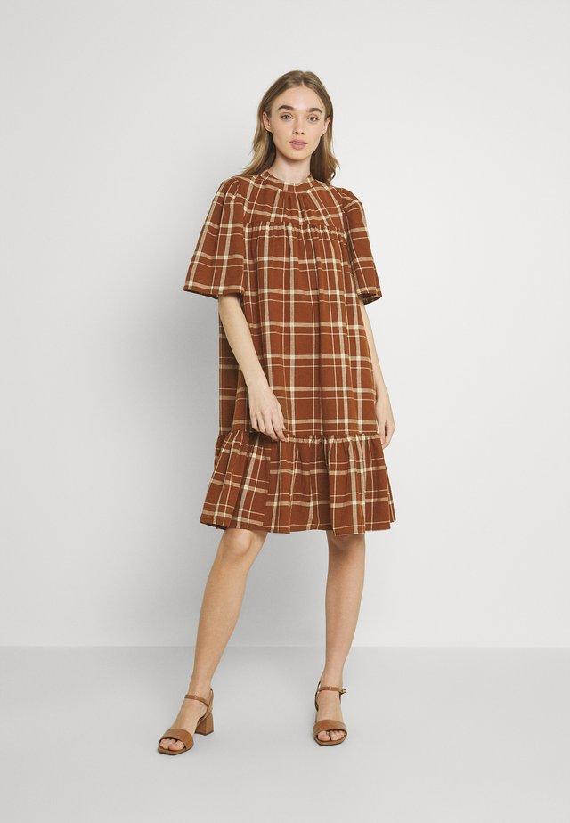 YASFREYA DRESS ICON - Korte jurk - tortoise shell