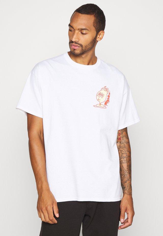 SCORCHER TEE - T-shirt imprimé - white
