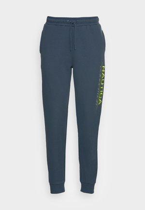 FIN JOG PANT - Tracksuit bottoms - dark blue