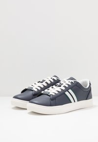 Burton Menswear London - DALE STRIPE TRAINER - Tenisky - navy - 2