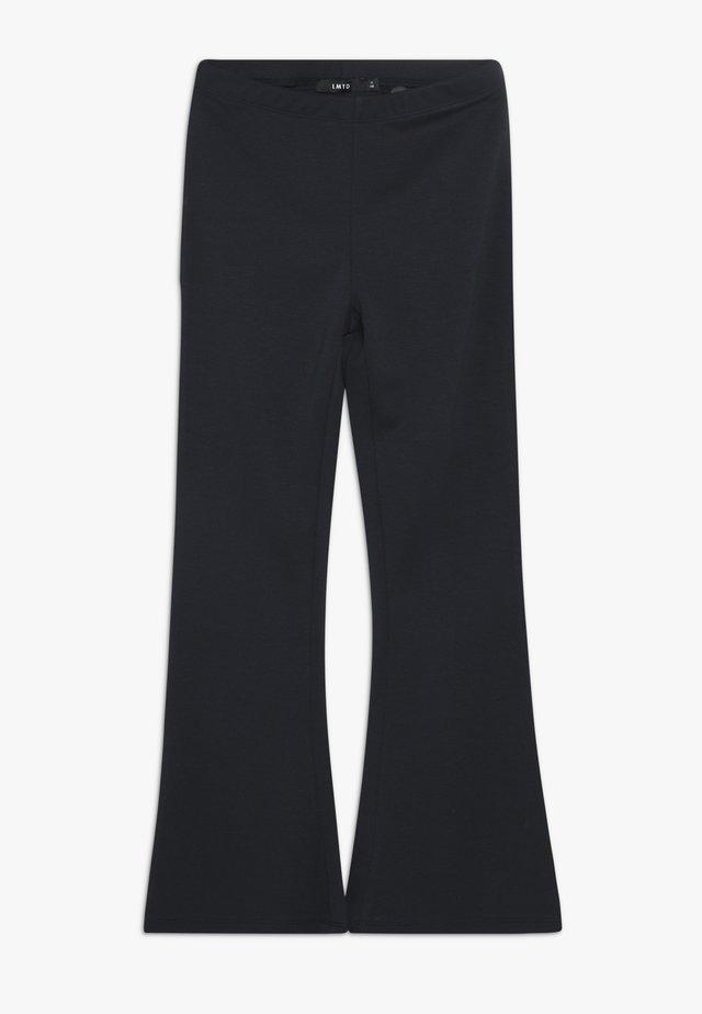 NLFRONNA BOOTCUT PANT - Kalhoty - sky captain