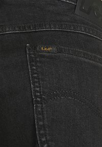 Lee - RIDER - Jeansshorts - stone crosby - 3