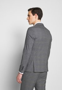Lindbergh - CHECKED SUIT - Completo - grey - 3