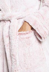 Marks & Spencer London - HOOD - Badekåpe - pink - 4