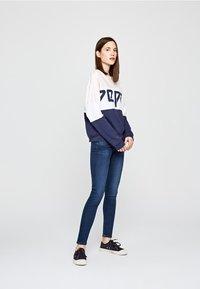 Pepe Jeans - Jeans Skinny Fit - blue denim - 1