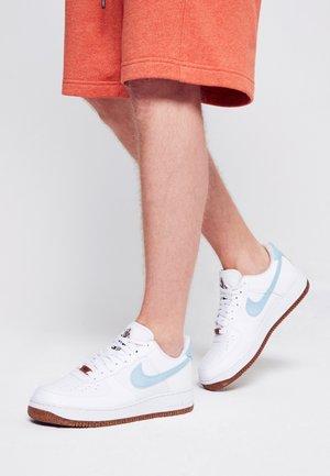 AIR FORCE 1 - Sneaker low - white/obsidian-white-black-volt