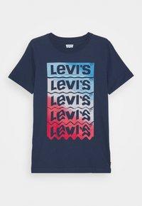 Levi's® - GRAPHIC TEE UNISEX - Print T-shirt - blue - 0
