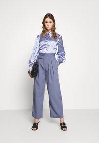 Monki - NALA BLOUSE - Button-down blouse - blue - 1