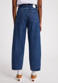 ARMEDANGELS - AANIKE - Straight leg jeans - retro washed - 2