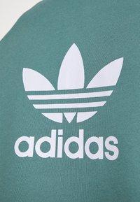 adidas Originals - TREFOIL UNISEX - Sweatshirt - hazy emerald - 4