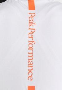 Peak Performance - TURF ZIP - Print T-shirt - antarctica - 4