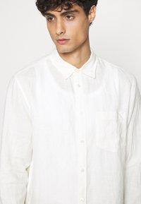 ARKET - SHIRT - Shirt - white dusty light - 3