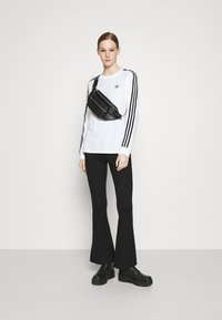 adidas Originals - Long sleeved top - white/black - 1