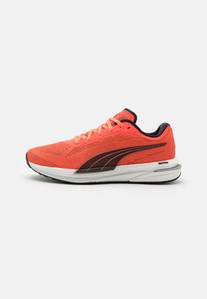 VELOCITY NITRO - Neutral running shoes - lava blast/black/silver