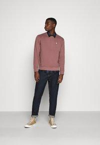 Abercrombie & Fitch - ICON CREW - Sweatshirt - burgundy - 1