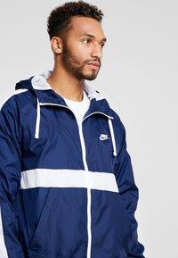 Nike Sportswear - Tepláková souprava - midnight navy/white - 6