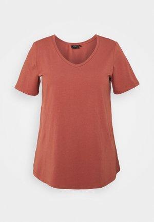 PLUS - T-shirt basic - marsala