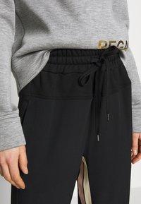 N°21 - Trousers - black - 5