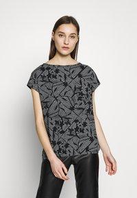 Esprit - MIX - T-shirts med print - black - 0