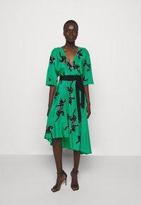 Diane von Furstenberg - ELOISE - Day dress - medium green - 0