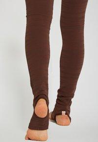 Yogasearcher - ANANTA - Legging - moka - 4