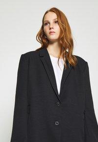 Gestuz - FLEUR - Short coat - black - 4