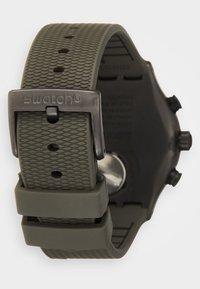Swatch - TURF WRIST - Cronografo - khaki - 1