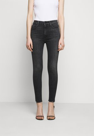 HIGH WAISTED LOOKER ANKLE FRAY - Jeans Skinny Fit - sharing secrets