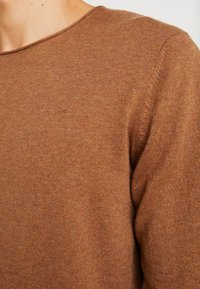 Selected Homme - SLHDOME CREW NECK - Trui - monks robe/melange - 5