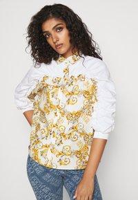 Versace Jeans Couture - Button-down blouse - bianco ottico - 4