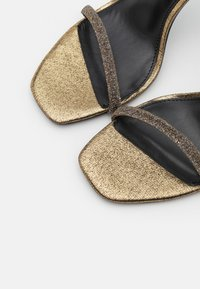 Steve Madden - RAPTURE - High heeled sandals - gold - 5
