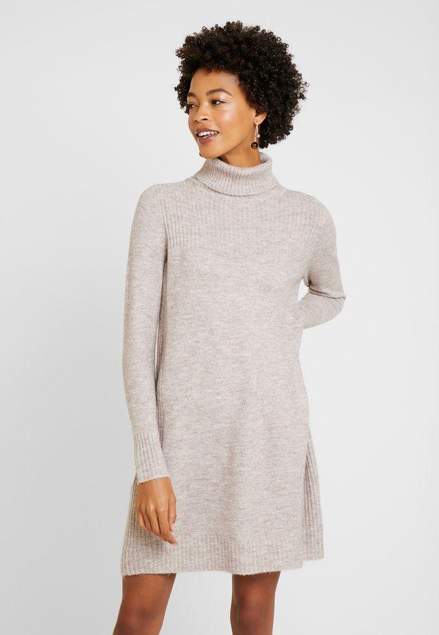 Strikket kjole - stone