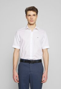 Tommy Hilfiger Tailored - CLASSIC - Formal shirt - white - 0