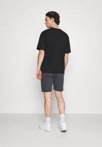 Ellesse - BOSSINI - Pantaloni sportivi - dark grey - 2