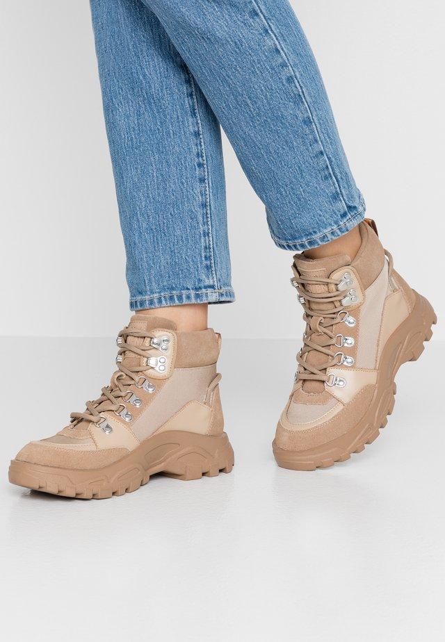 ARIZONA - Boots à talons - arena