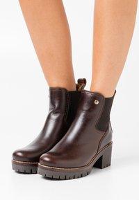 Panama Jack - PIA IGLOO BROOKLYN - Kotníkové boty na platformě - marron/brown - 0